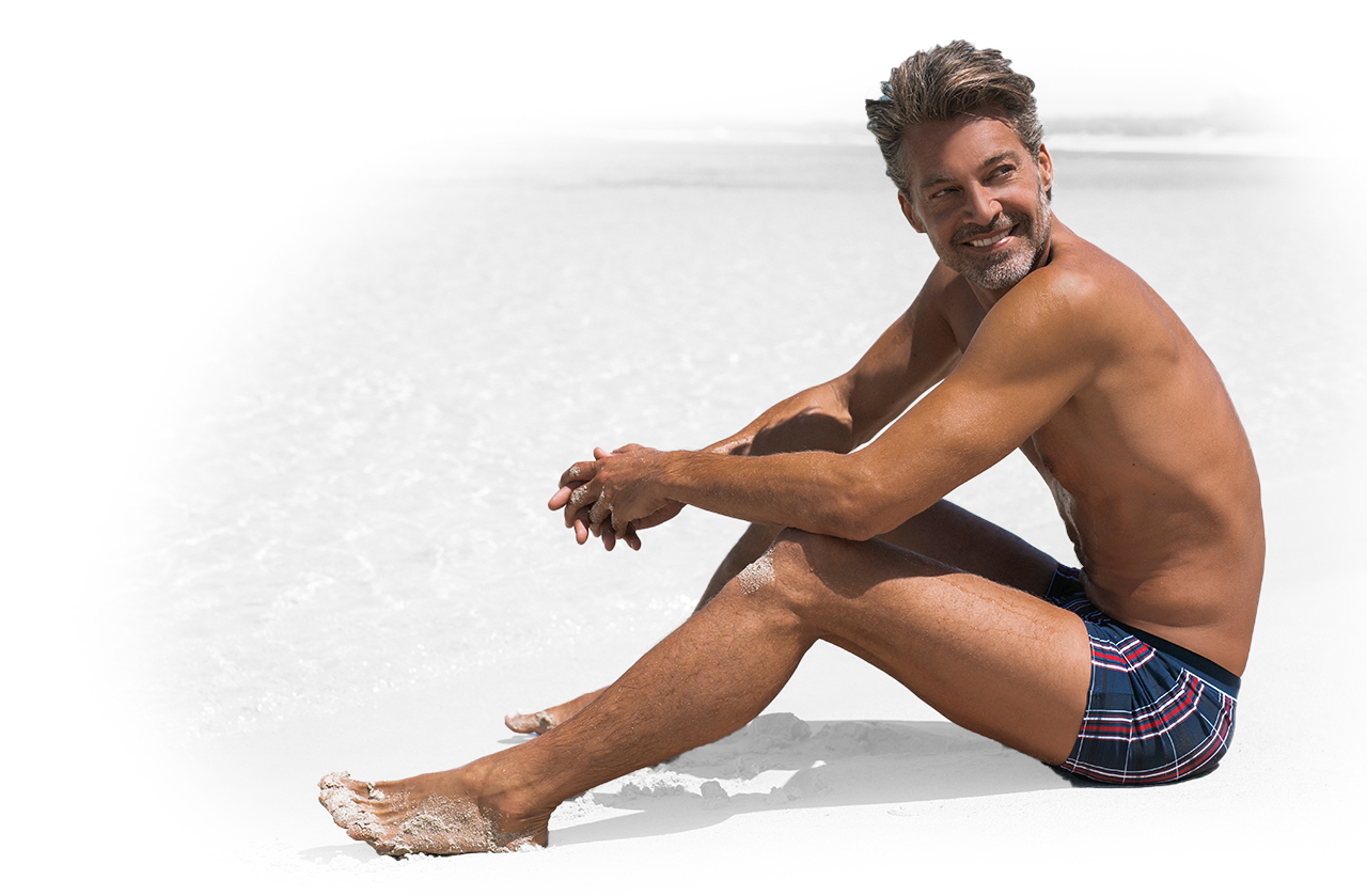 You stay true to yourself, whatever you do. A real man. We made our Wavebreaker beachwear with you in mind!